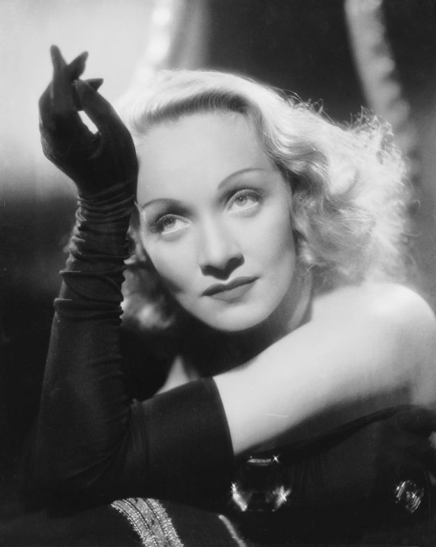 Marlene Dietrich beauty look