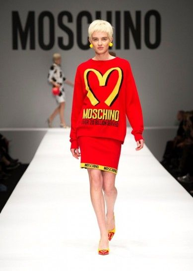 look moschino stile fast food