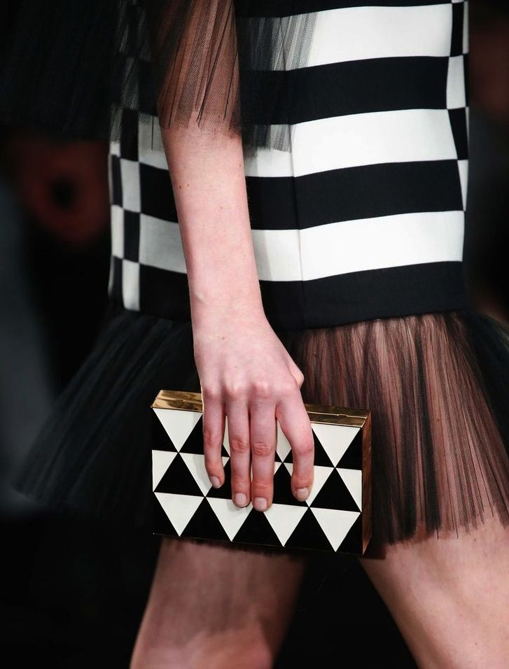 La clutch optical di Valentino