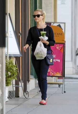 reese witherspoon and 31 phillip lim pashli camera bag gallery