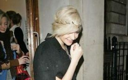 Pixie Lott con la Mulberry Ruby Bayswater