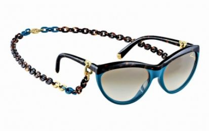 Louis Vuitton: i sunglasses con collana da vera glam addicted