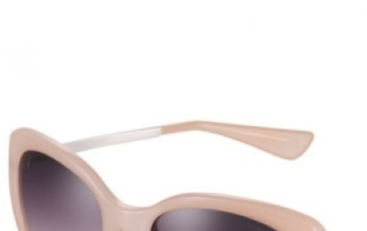 Occhiali da sole Vogue, i sunglasses chic color cipria