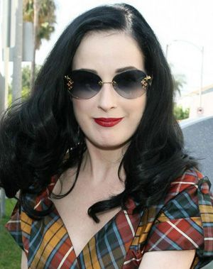 dita von teese in louis vuitton