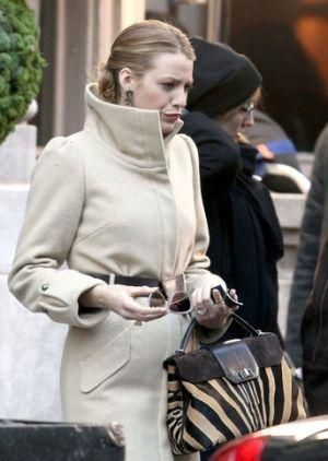 blake lively cartier bag