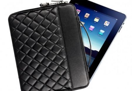 custodia per l'iPad Chanel
