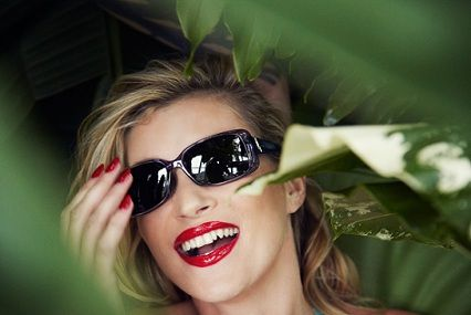 Vogue eyewear lancia un contest per cercare la nuova It Girl
