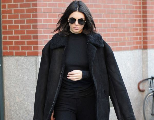 kendall jenner total black