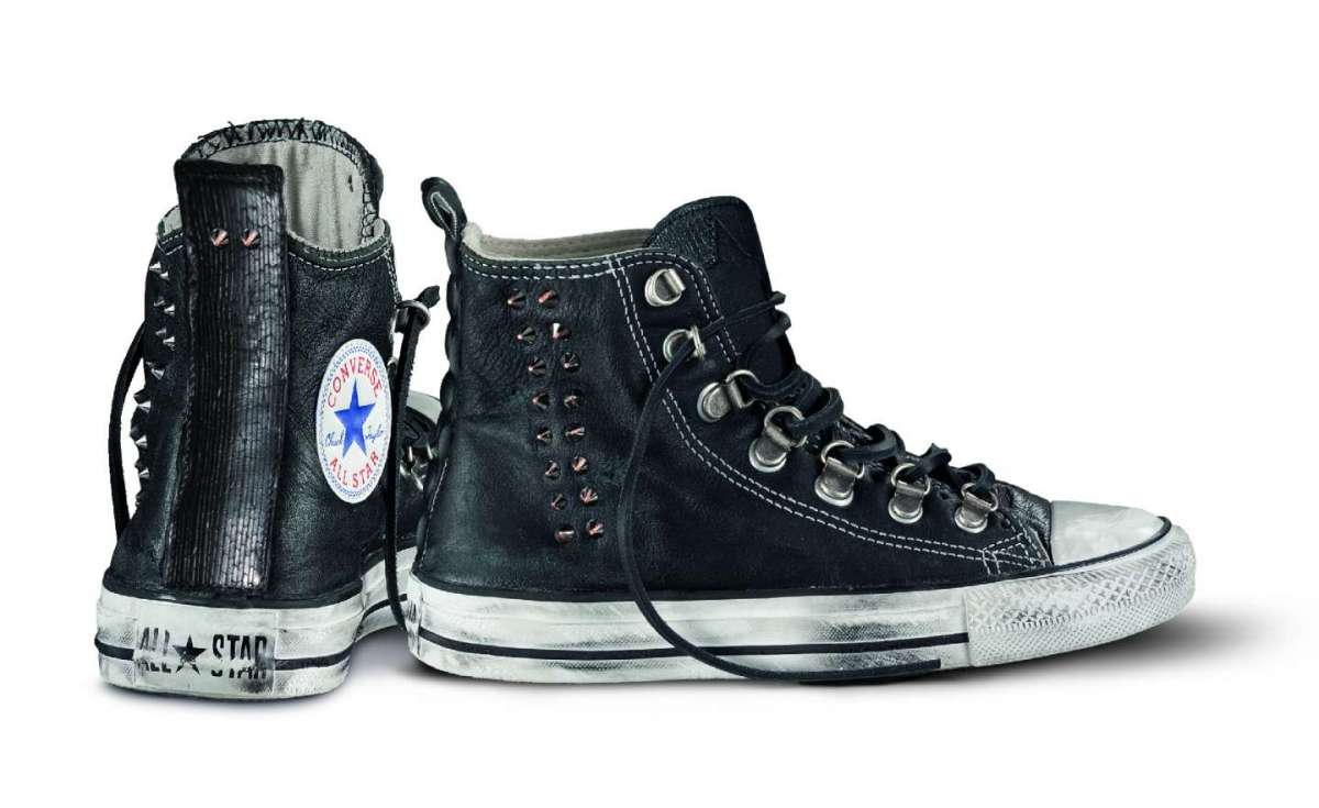 converse in pelle nere
