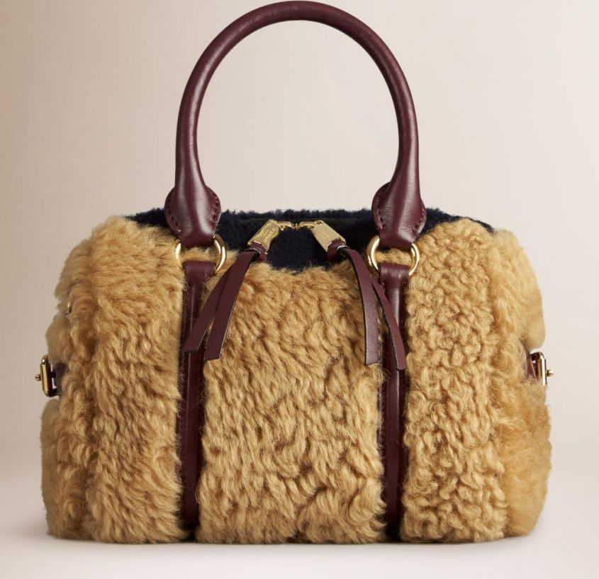bauletto in shearling burberry