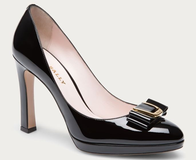 Pumps in vernice Bally