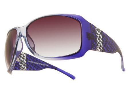 Benetton: i sunglasses color blu elettrico