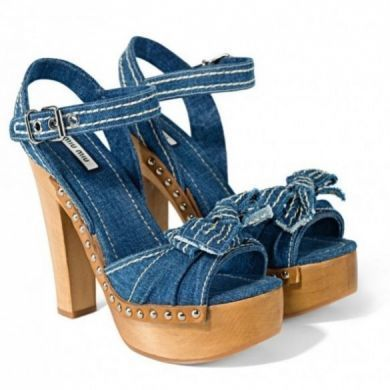Scarpe Miu Miu: la Denim collection per la P/E 2011