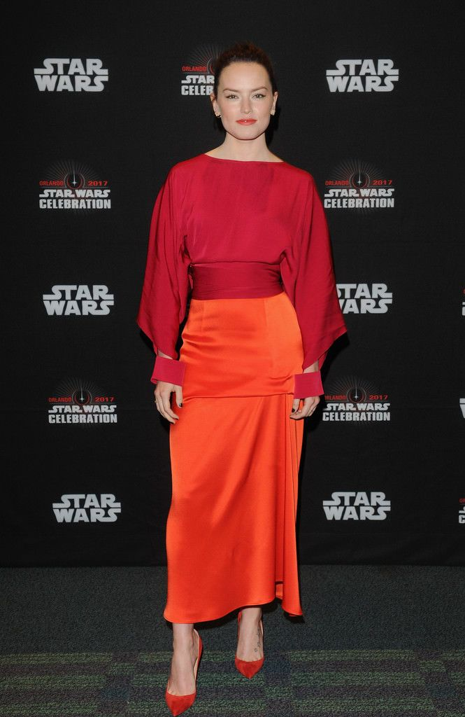 Daisy Ridley in Stella McCartney
