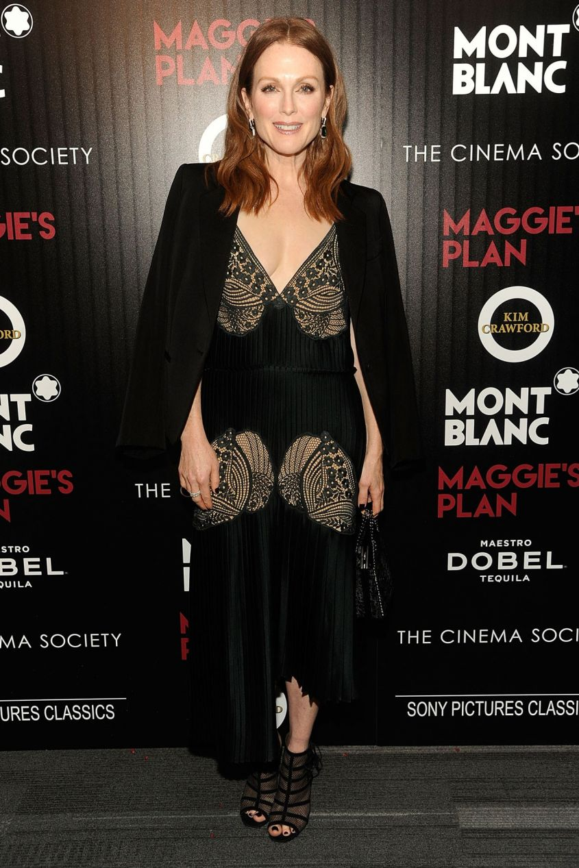 Julianne Moore in Stella McCartney