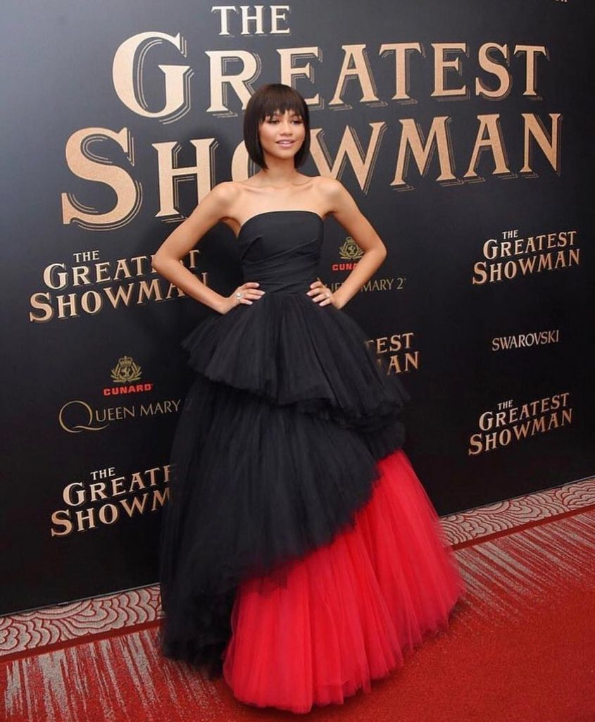 regine di stile zendaya in viktor and rolf