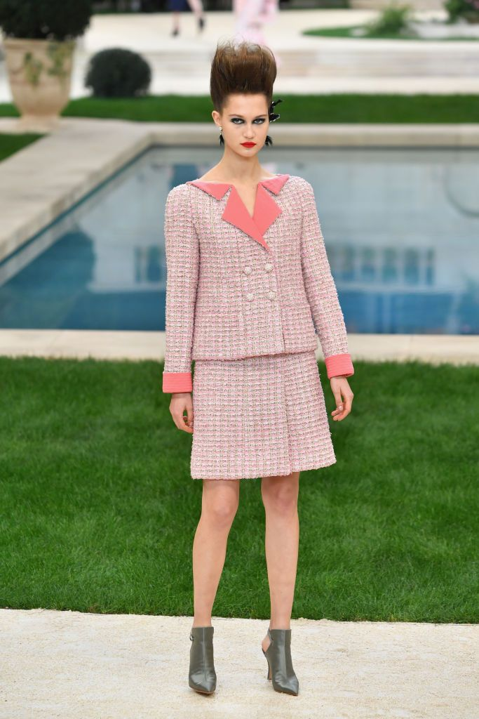 Chanel : Runway   Paris Fashion Week   Haute Couture Spring Summer 2019