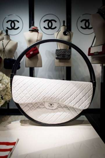 Shoulder bag Hula Hoop Chanel