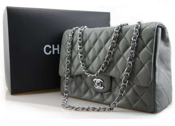 Shoulder bag Chanel 2.55 verde