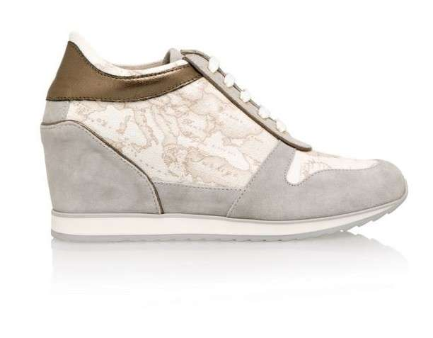 Sneakers in Geo White con zeppa