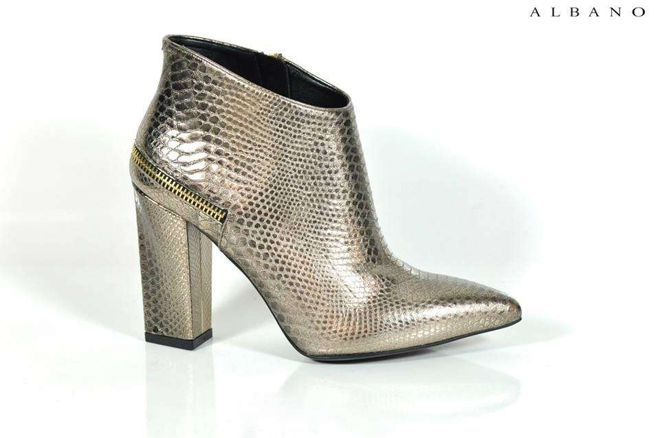 Ankle boot a punta