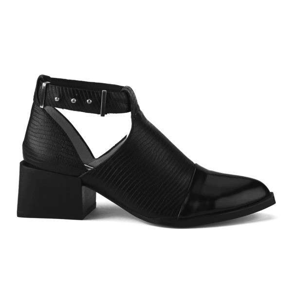 Cut out booties Senso