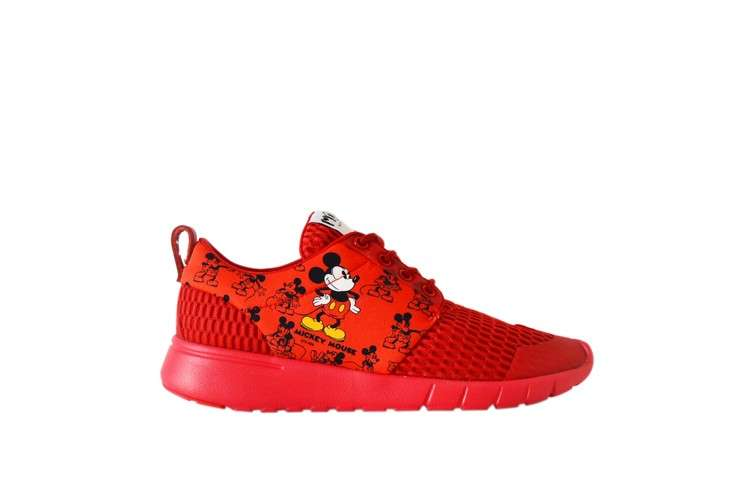 Sneakers rosse MOA