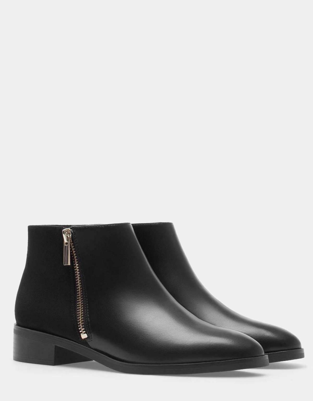 Ankle boot con zip Stradivarius