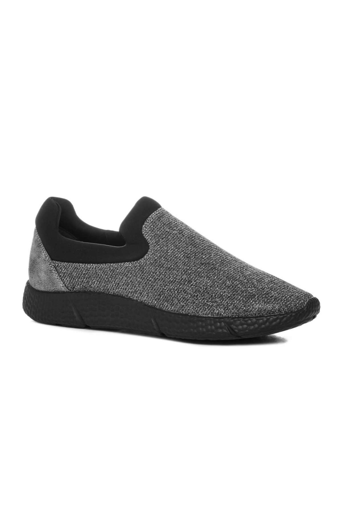 Slip on bicolor