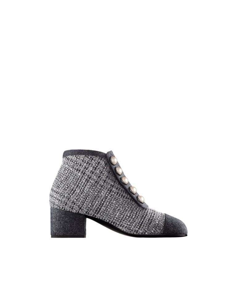 Stivaletti in tweed con perle