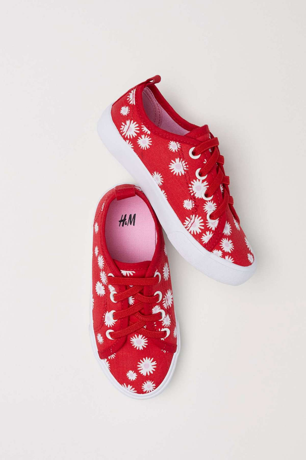 Sneakers bambina in tela H&M a 9,99 euro