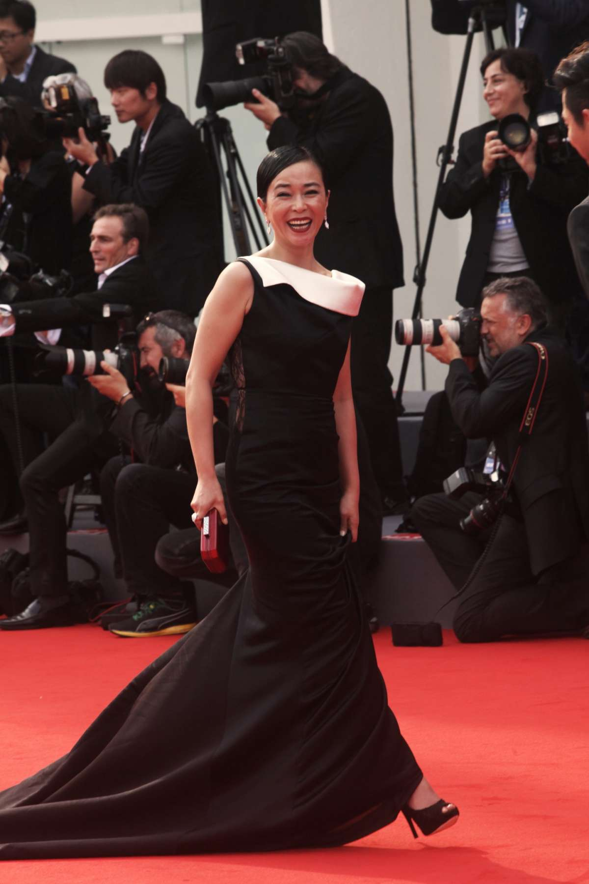 Cho Min-soo sul red carpet del film Pietà