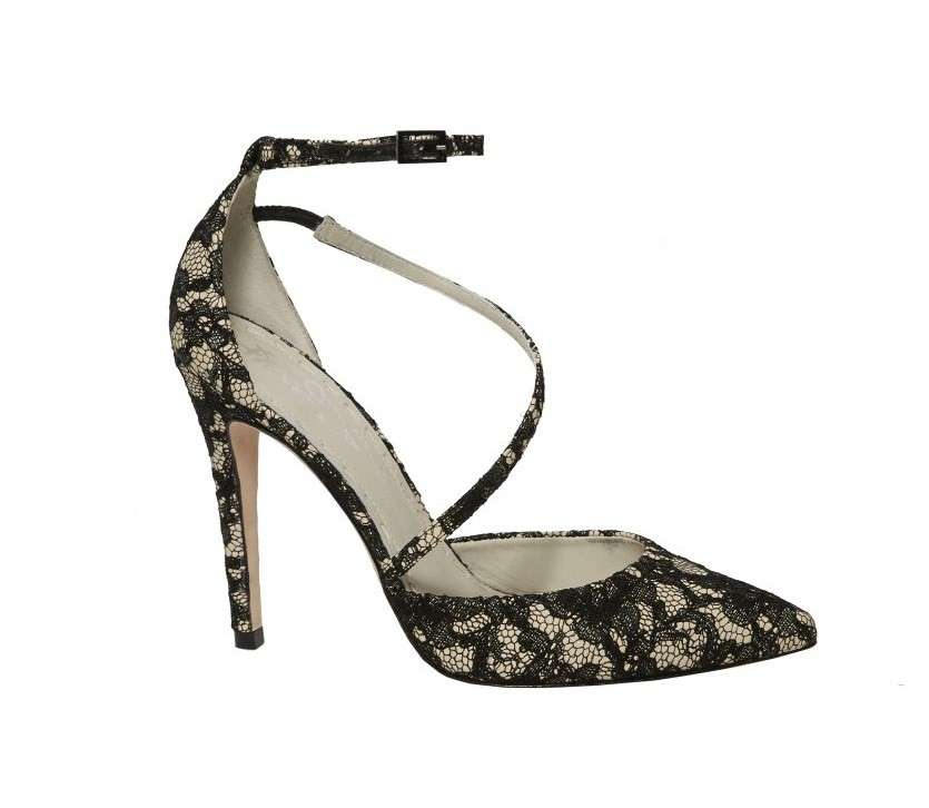 Pumps in pizzo floreale