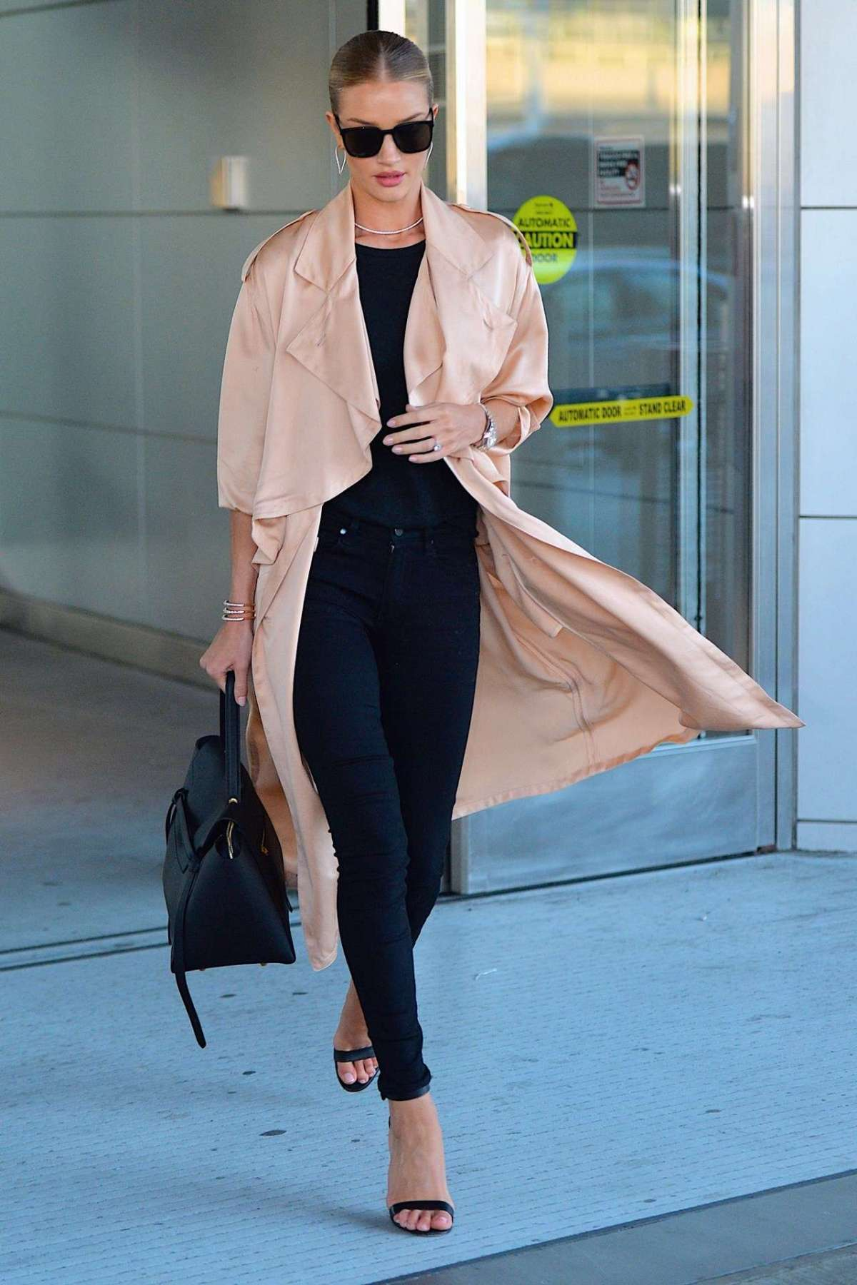 Look di Rosie Huntington Whiteley