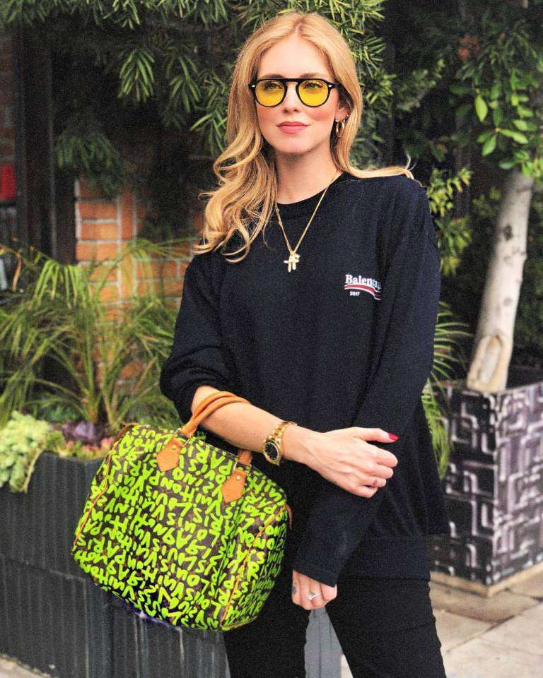 Chiara Ferragni look black
