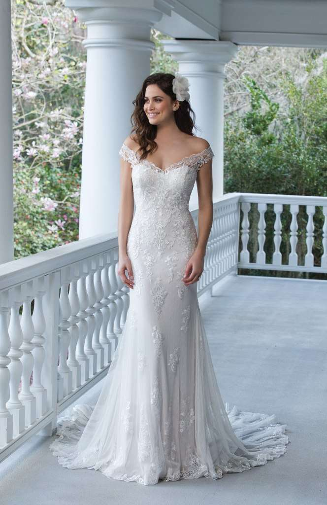 Vestito ricamato Sincerity Bridal