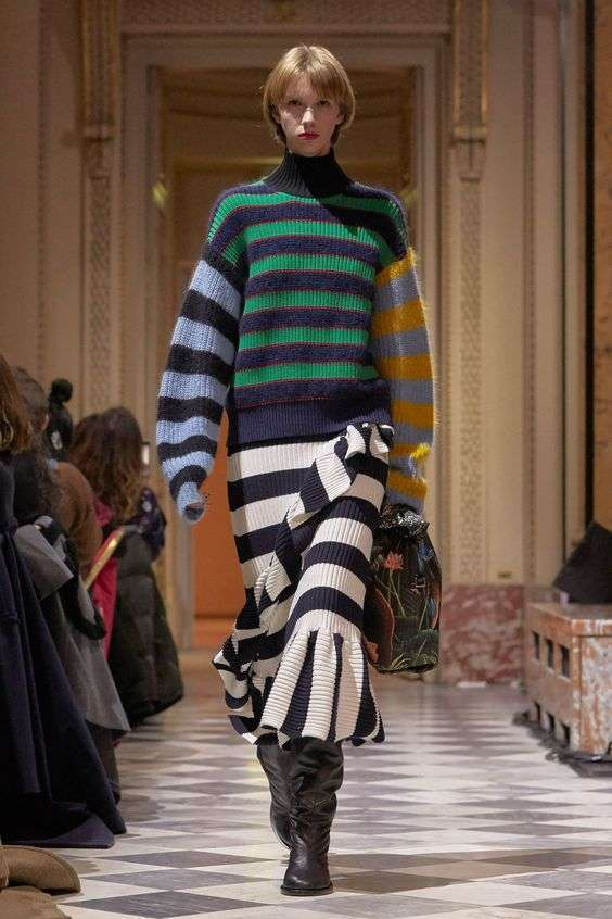 Kenzo look a righe